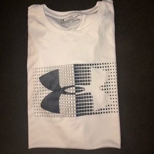 Men under armor shirt